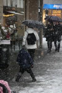 Kinder machte der Schneefall nichts aus