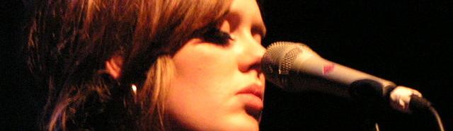 https://commons.wikimedia.org/wiki/File:Adele_2009.jpg